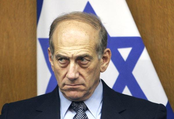 Fostul premier israelian Ehud Olmert, condamnat la opt luni de închisoare pentru corupție