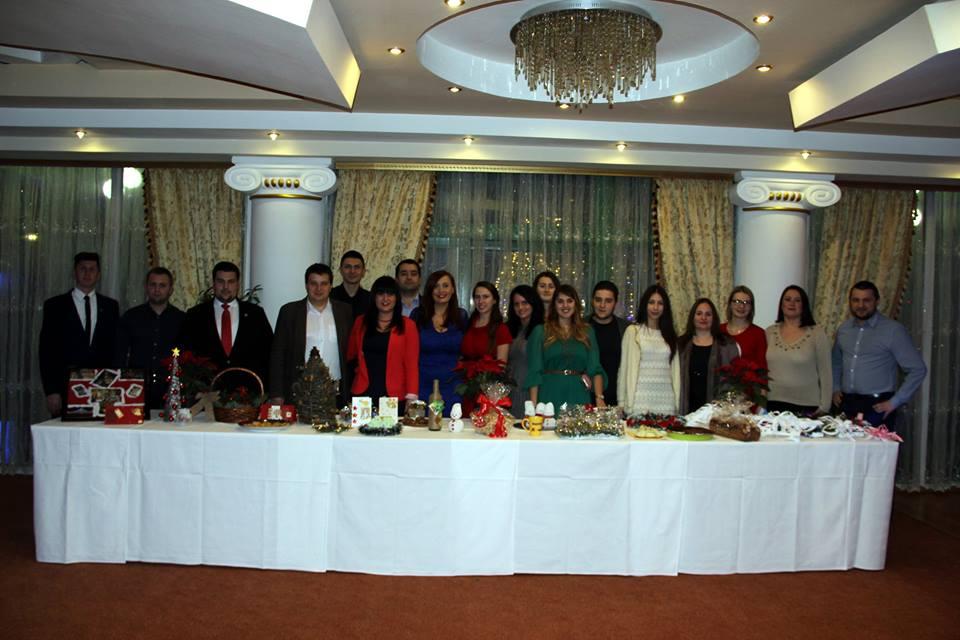 Eveniment caritabil al tinerilor liberali pentru a-l ajuta pe Andrei Găluț, victimă a tragediei din clubul Colectiv