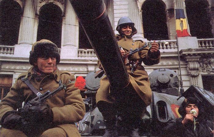 22 DECEMBRIE 1989. 26 de ani de la fuga lui CEAUŞESCU şi victoria Revoluţiei Române.