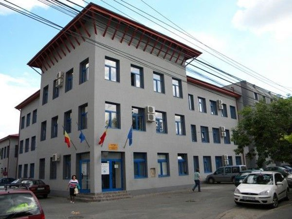 Precizări ale conducerii Companiei de Apă Arad cu privire la unele informaţii apărute pe site-ul www.specialarad.ro