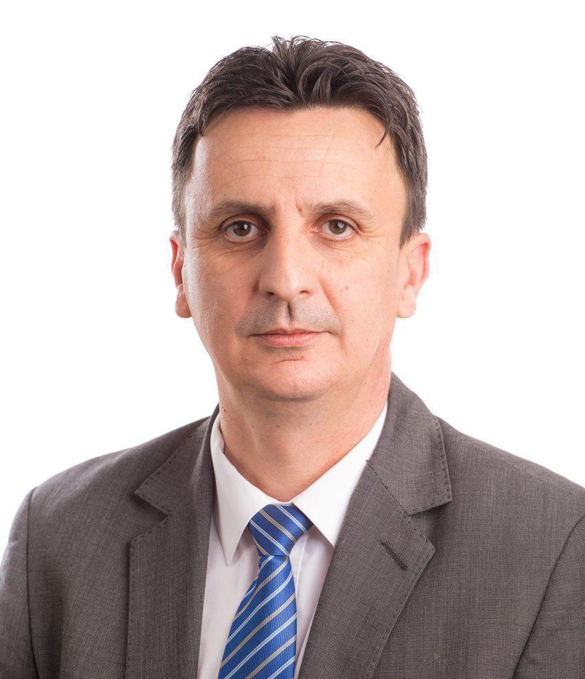"""Florin Tripa : """"Gheorghe Falcă se crede Kim Jong-un al Aradului și cheltuie banii publici pe chermeze de partid"""""""