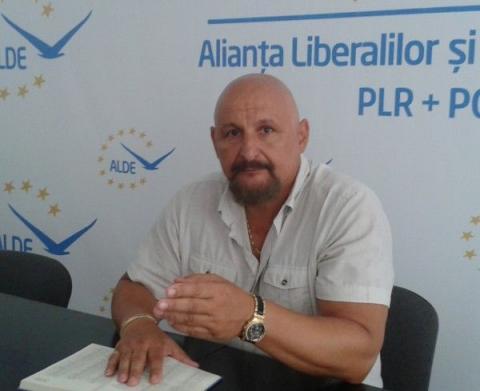 Mircea Purcaru: PNL, un partid din ce în ce mai deruta(n)t
