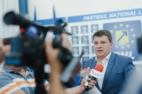 """Bogdan Boca (PNL): """"Vărcuș obligă angajații Poștei Române să muncească politic pentru PSD !"""""""