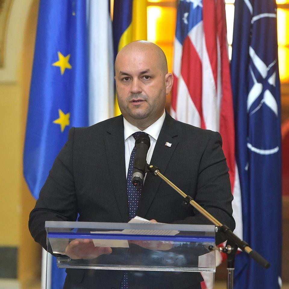 """Dorel Căprar: """"Falcă se agață de Alianța Vestului, în speranța că va obține biletul spre Bruxelles"""""""