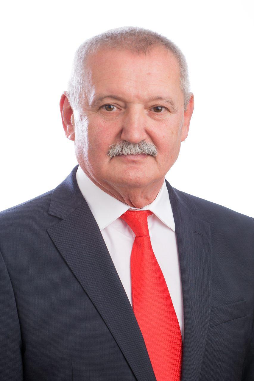 """Gheorghe Sabău (PSD) : Bâlcea spune """"Hocus-Pocus"""" şi legitimează supratonajul pe drumurile judeţene, printr-un artificiu desprins din era comediilor mute"""